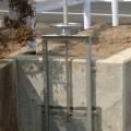 小型の水門(ゲート)